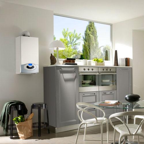 Cocina con caldera de gas natural Ariston integrada
